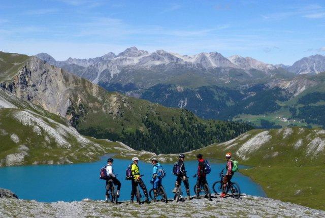 Gipfelbike Tour zum Piz Umbrail
